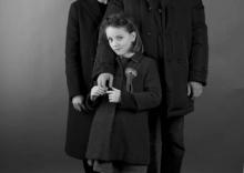 ANICKA McVEIGH & FAMILY